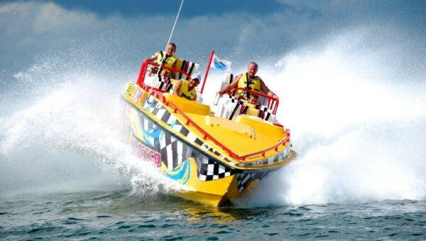 Aquatwister Activity in Cancun