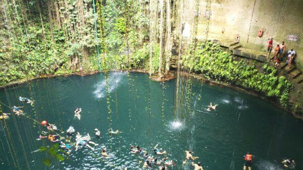 Cenote Ik Kil Swimming