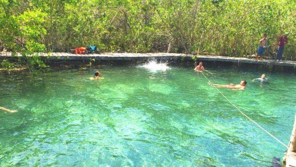 Cenote Yalahau Holbox