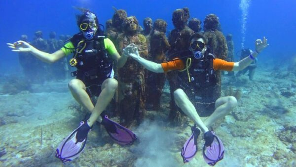 Best Diving in Cancun