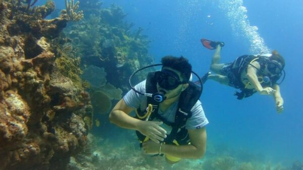 Professional Diving in Cancun